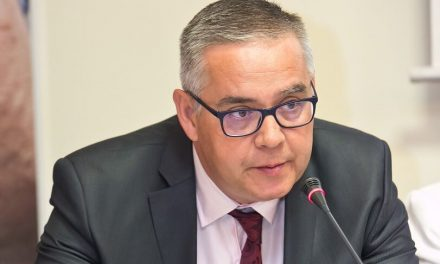 Sen. Emanuel Botnariu: Pacientul stă în mijlocul sistemului de sănătate din România