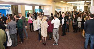"""Peste 300 de specialişti participă la conferinţa """"Imunoterapia cancerului pentru oncologii medicali"""" de la Timişoara"""