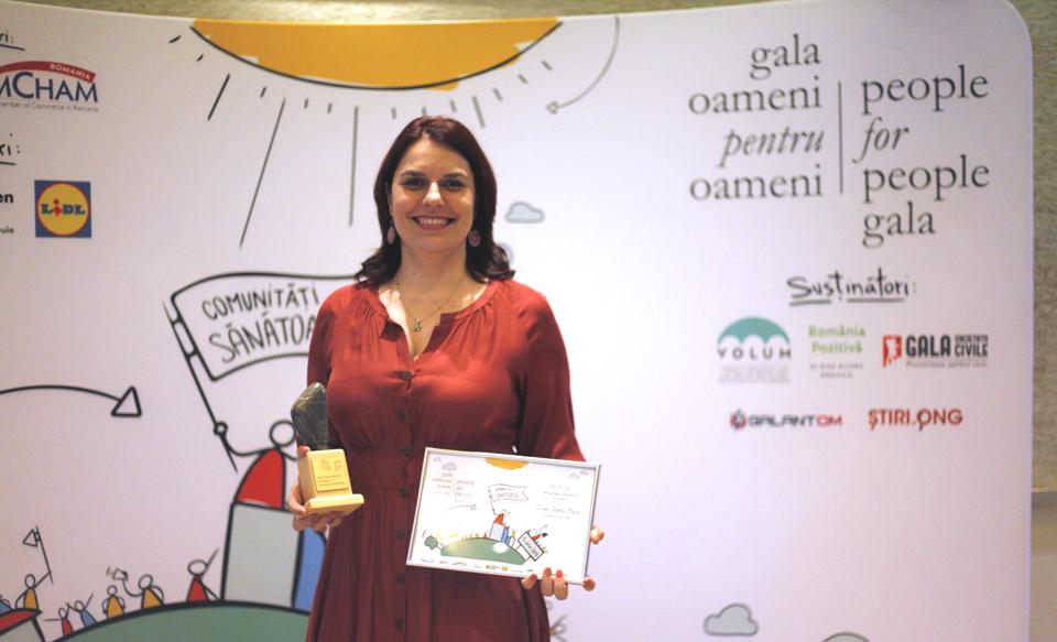 """Asociația """"LaPrimulBebe"""" a primit Marele Pemiu la Gala Oameni pentru Oameni"""